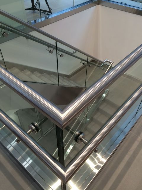 railings-and-glass-19